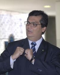 Flávio Dino não une a oposição