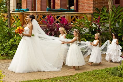 Destination Weddings by the Experts: Jamaica and Fiji