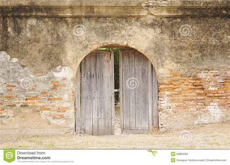 Rustic Timber Arch Door Stock Photo   Image: 50884592