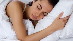 El buen descanso es uno de los tres pilares para gozar de buena salud, junto con una dieta equilibrada y la práctica regular de ejercicio físico