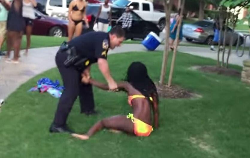 http://www.thegatewaypundit.com/wp-content/uploads/austin-pool-party-police.jpg