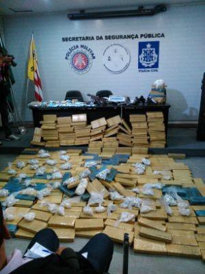 Polícia apreende 434kg de drogas na operação Kourus em Salvador (Foto: Yuri Girardi/G1)