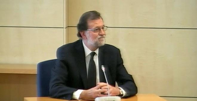 Rajoy durante su comparecencia como testigo por la trama Gürtel en la Audiencia Nacional.- REUTERS