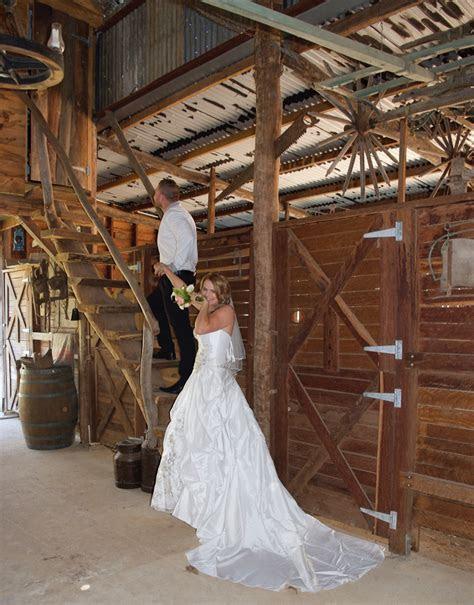 Rustic Wedding   Stoney Creek Farm Stay Horse Rides