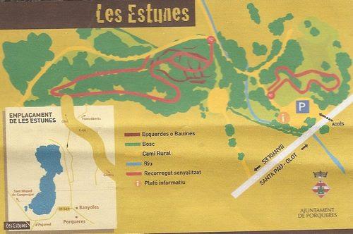 En este mapa es posible distinguir los diferentes recorridos seguros que permite el Bosque de les Estunes, en Porqueres, muy cerca del Lago de Banyoles