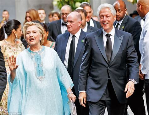 Clintons attend hedge fund billionaires daughter's wedding