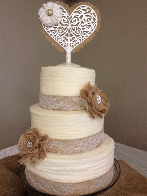 25  best ideas about Burlap cake on Pinterest   Country