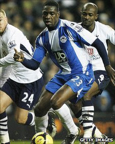 Olivier Kapo in action for Wigan