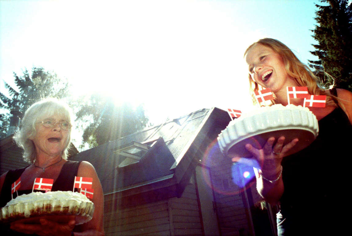 Birthday with cakes and Danish flags.