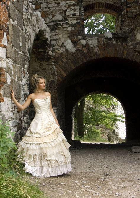 Bella, Scottish Silk Wedding Dress   Scottish kilts online