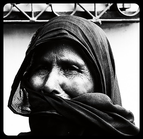 The Muslim Beggar Lady from Murshidabad by firoze shakir photographerno1
