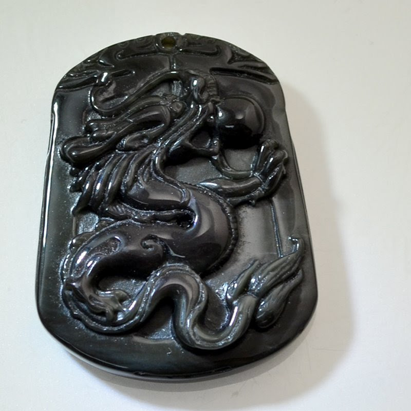 s46653 Stone Pendant - 30 x 40 mm Carved Dragon with Pearl - Black Onyx (1)