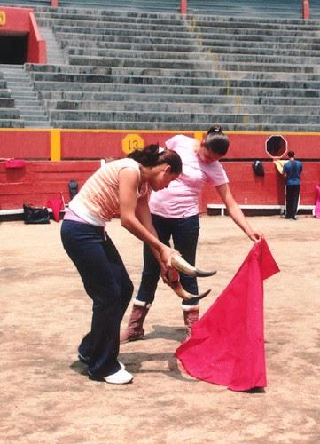 Novilleras Lulú de la Vega y Milagros Sánchez en Acho
