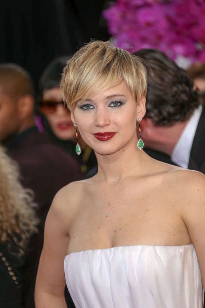Jennifer Lawrence Short Feminine Modern Hairstyle