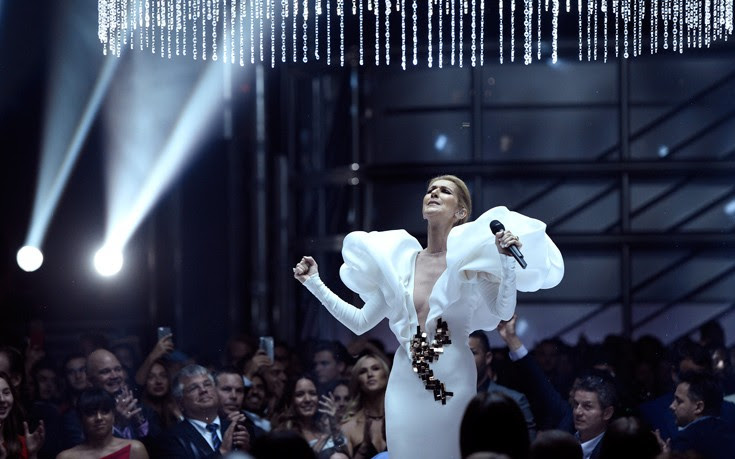 Η Celine Dion τραγουδάει τον «Τιτανικό» είκοσι χρόνια μετά