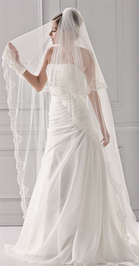 Our all time best selling lace veil   a perfect match with