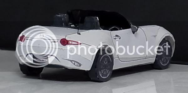 photo mazda.roadster.papercraft.via.papermau.002_zpscwytey2m.jpg