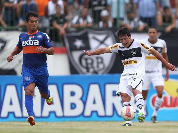 Lodeiro fez um golaço e ainda participou de outros dois do Botafogo Foto: Cleber Mendes / Agência Lance