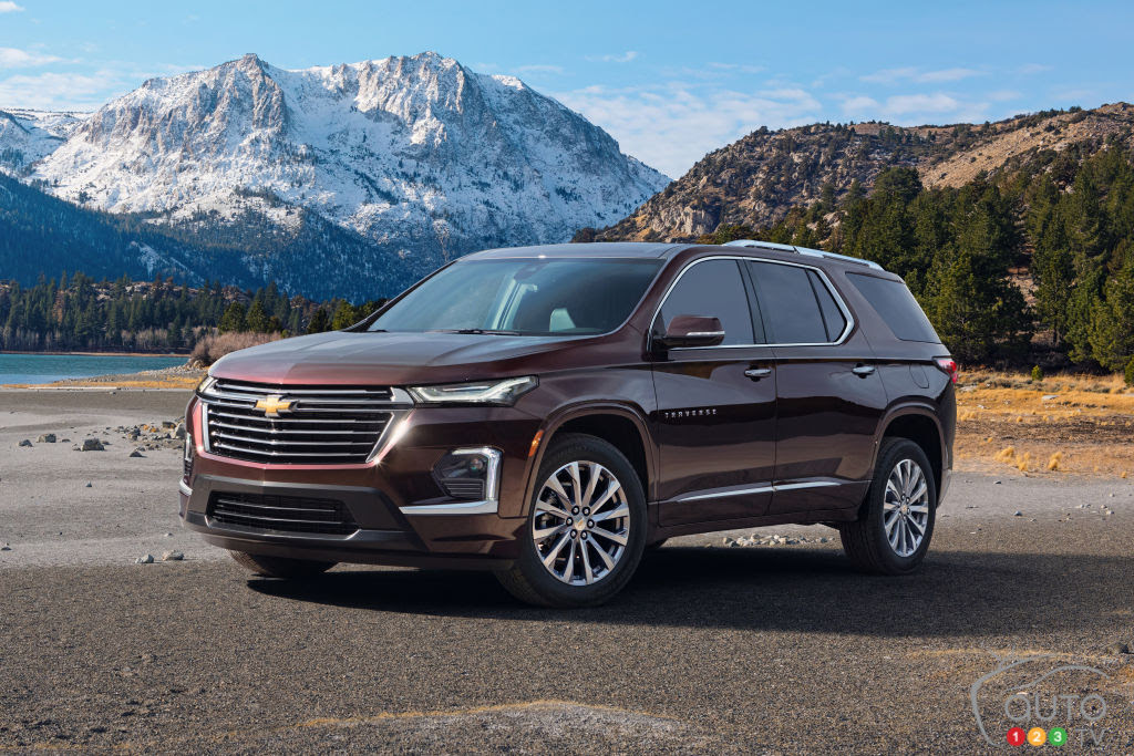 more safety features for the 2021 chevrolet traverse  car
