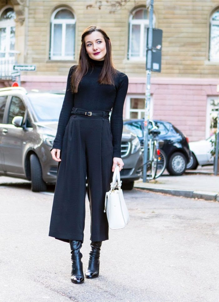 black turtleneck outfits ideas for women 2020