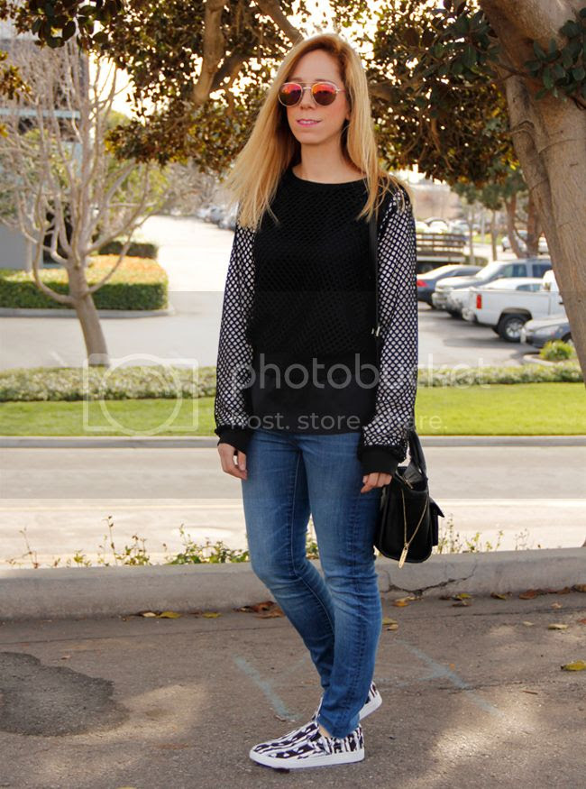 Los Angeles fashion blogger The Key To Chic wears the sports luxe trend with a Target mesh top, Zara skinny jeans, and Pater Pilotto for Target geometric slip on sneakers
