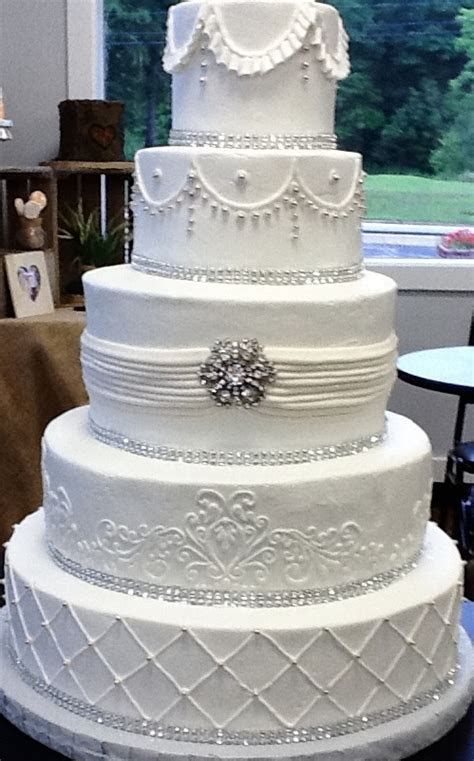 True Elegance   5 tier wedding cake in buttercream by