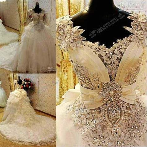 2016 New Arrival Bling Bling Crystals Luxury Ball Gown