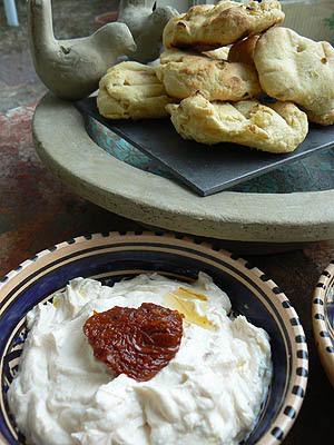 ricotta et petits pains.jpg