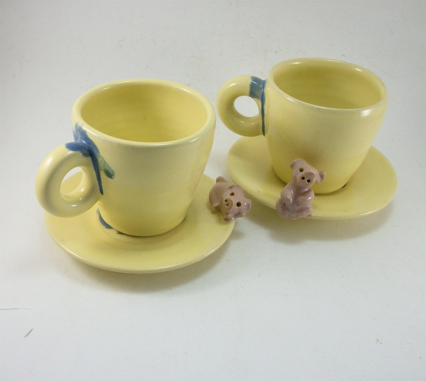 pair of pig cups and saucers with pigs for kids or espresso