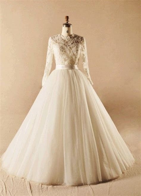 Long Lace sleeves Wedding Dress Bridal gown A Line tulle skirt