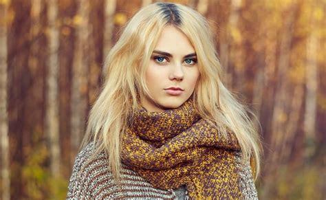 fabulous blonde hair dark roots styles