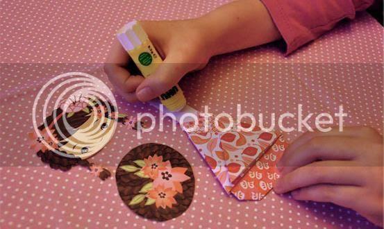 photo kokeshi.paper.dolls.via.papermau.003_zpshtqolkym.jpg