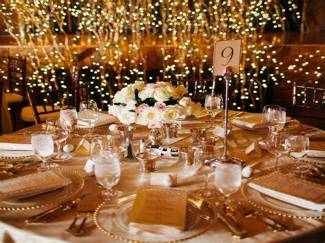 Black and gold centerpieces for tables, black and gold