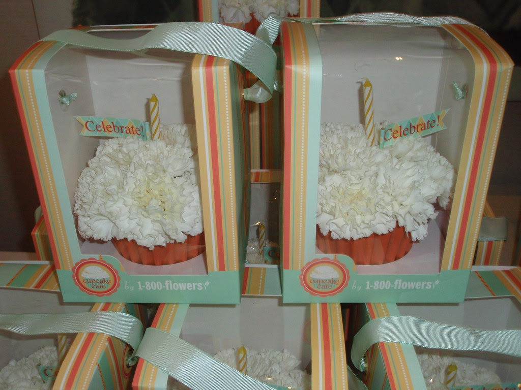 Flower cupcakes from 1-800-Flowers