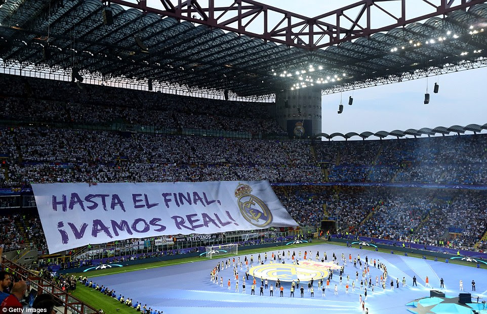 Real Madrid supporters similarly unfurled a banner at the other end of the ground which translated 'Until the End, Come on Real!'