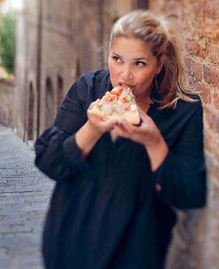 Leila Lindholm One More Slice