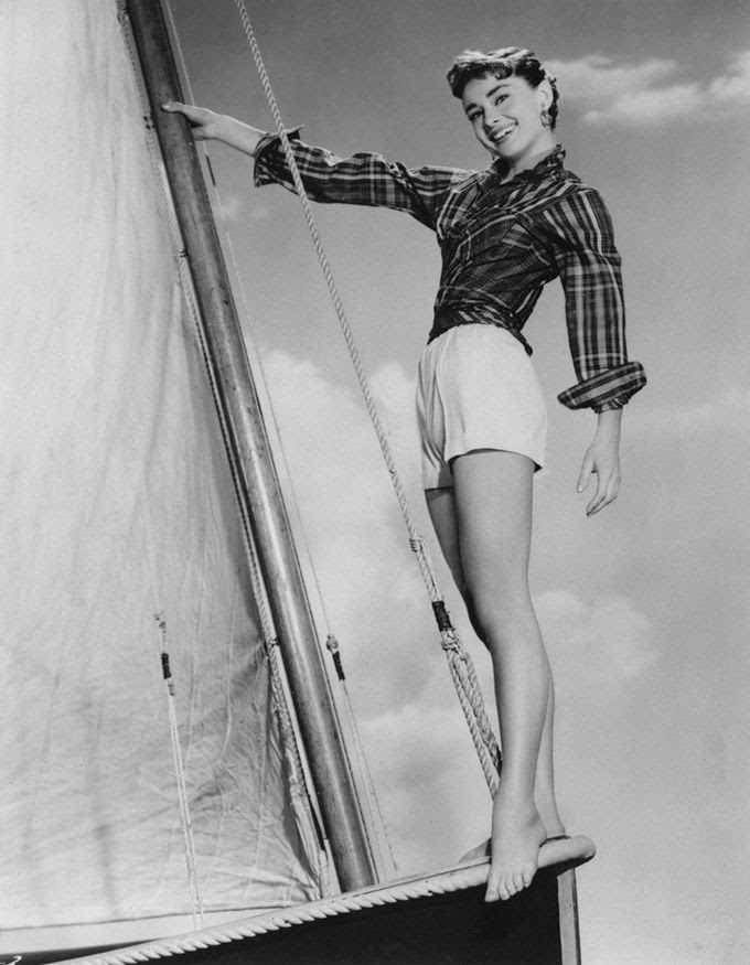 photo edith-head-10nocropw1800h1330_zps4eaeb7cd.jpg