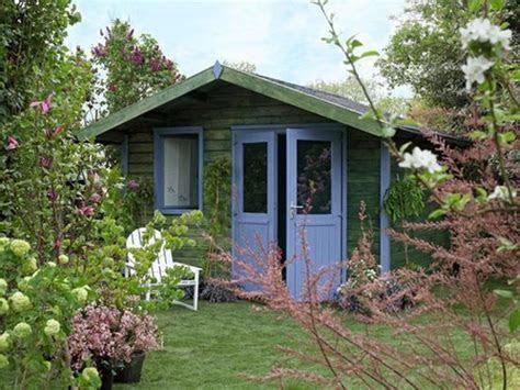 small garden house design  interior decorating ideas