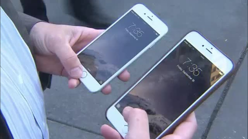 Who's the greedier contestant in this big fight over smartphone patents: Apple or Qualcomm?