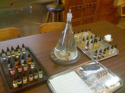 Alex Sandor Studio - perfume class setup