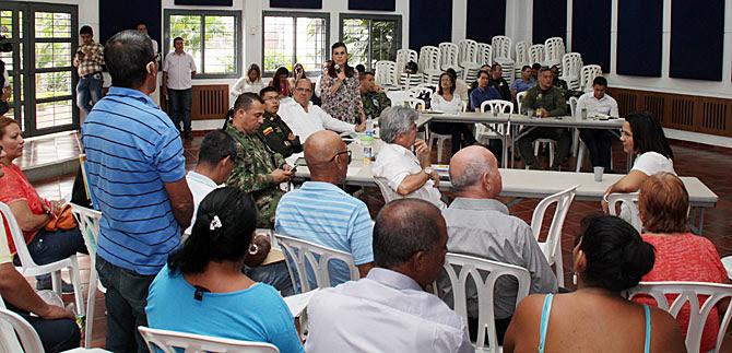 Habitantes de la comuna 14 destacan acciones de  autoridades en el fortalecimiento de la seguridad
