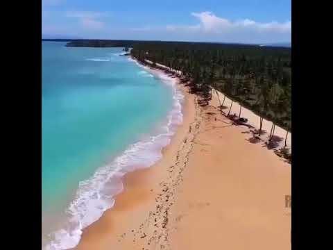 La Playa y Río Arroyo Salado (Provincia Maria Trinidad Sanchez)