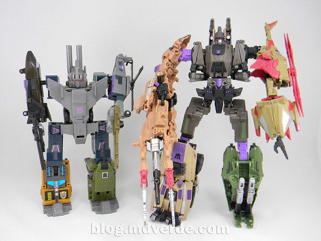Transformers Bruticus Generations Fall of Cybertron - SDCC Exclusive - modo Bruticus vs G1