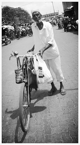Mohomed Bhai Has Retired From Delivering Tiffins To School Kids by firoze shakir photographerno1