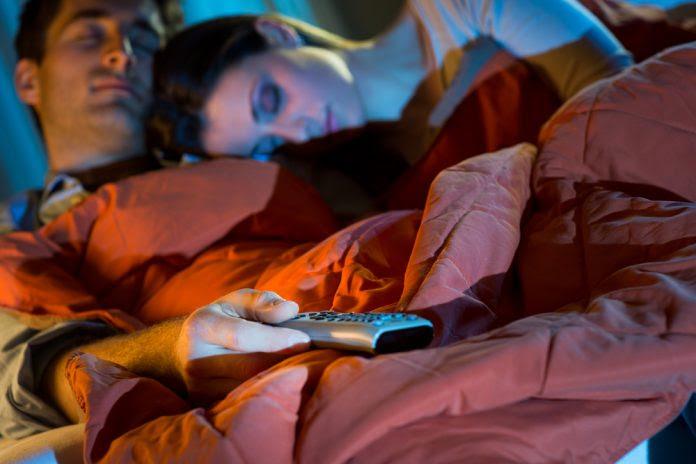 Dormir com luz acesa