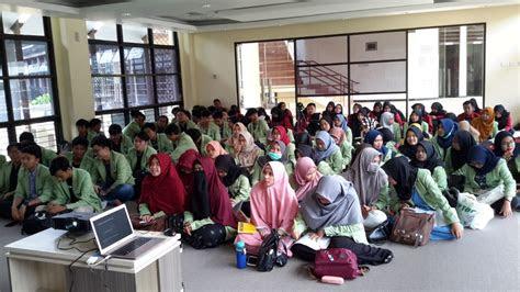 kunjungan mahasiswa jurusan ilmu perpustakaan fakultas