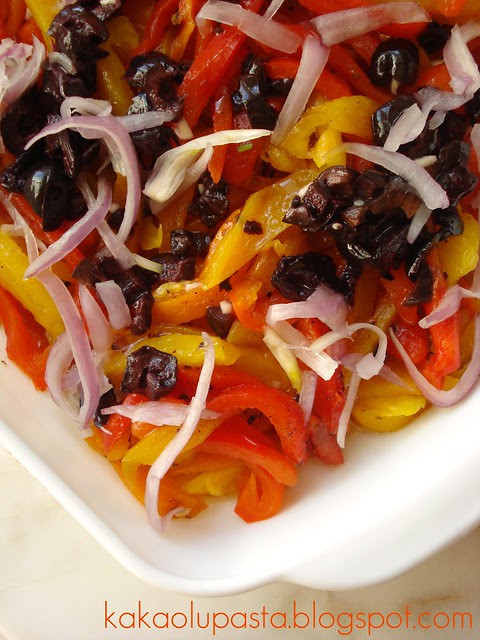 olive,red onion and colorful pepper salad