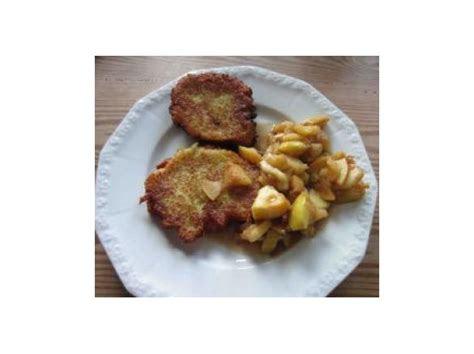 vegane kartoffelpuffer mit selbstgemachten apfelmus von