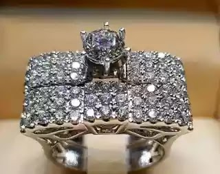 Luxurious diamond rings for engagement
