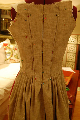 Making a robe a l'anglaise 15